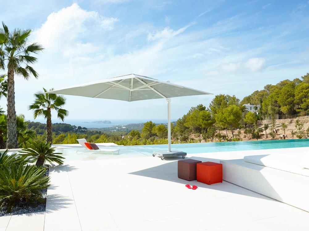 parasol design kingston parasol inclinable rg boutique. Black Bedroom Furniture Sets. Home Design Ideas
